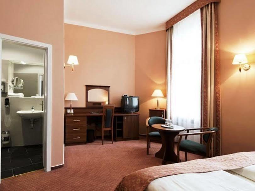 Rewari Hotel Berlin Gunstig Buchen Und Sparen
